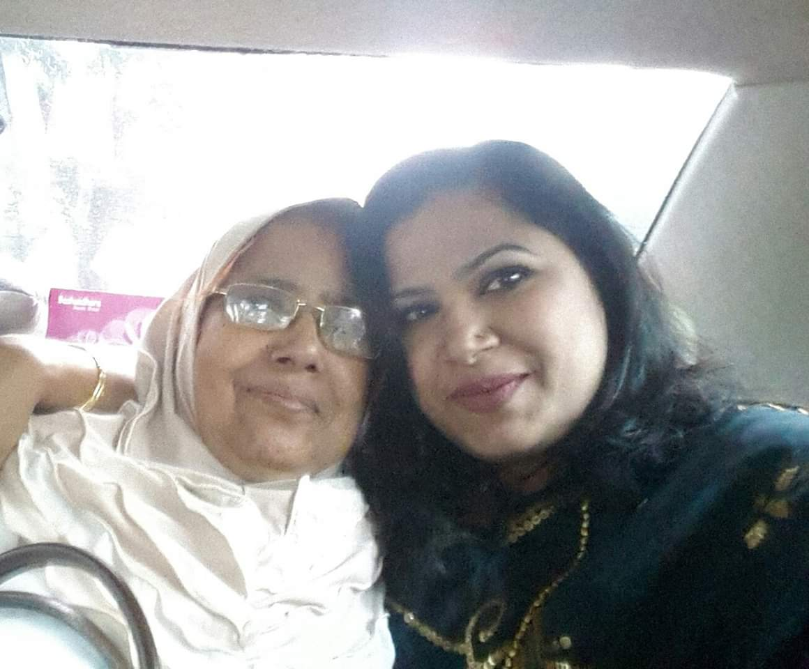 My mom is my world, without  my mom i am nothing,  I LOVE U MAA
